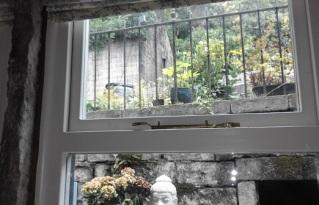 Cottage_window6