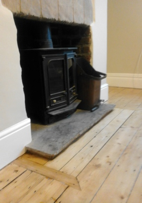 Fireplace and floor2