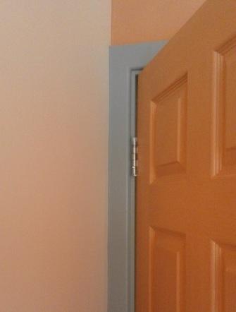 Flat_bedroom door and wall detail