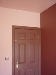 Flat_bedroom door corner